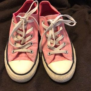 Converse all star chuck Taylor's in pink✨